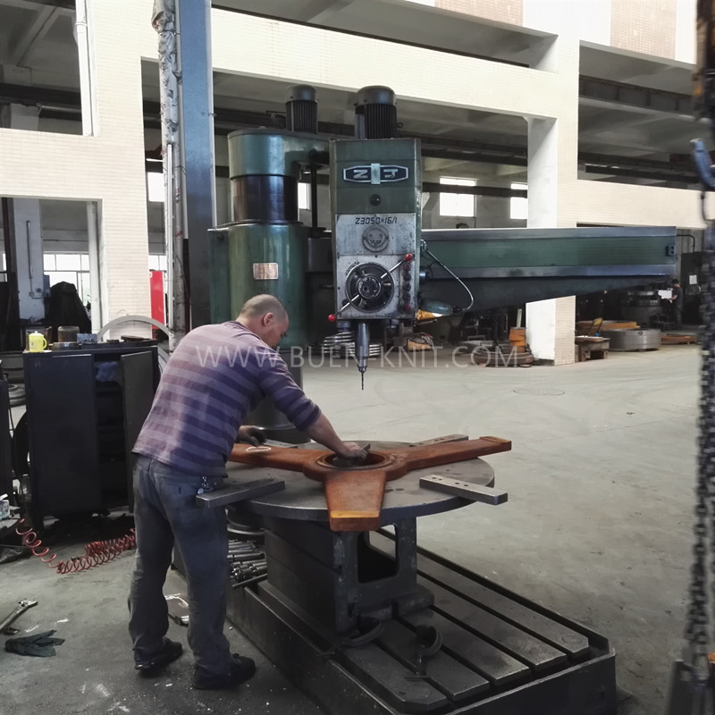taller-de-máquinas-circulares-de-tejer